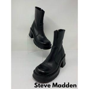 VTG Steve Madden Black Leather Platform Boots